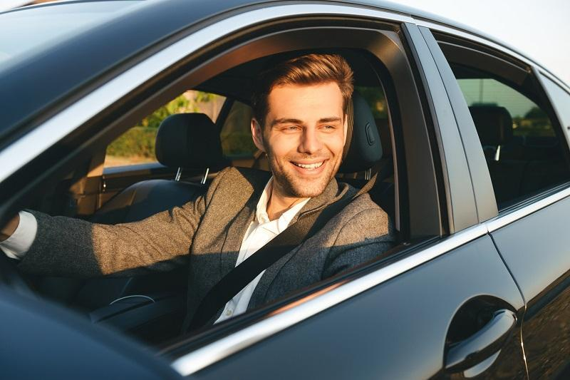 Jak zostać zawodowym kierowcą?