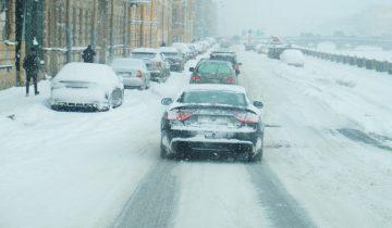 Egzamin na prawo jazdy zimą ? dlaczego warto?