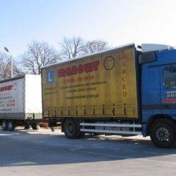 ciężarówki na placu manewrowym Wrocław
