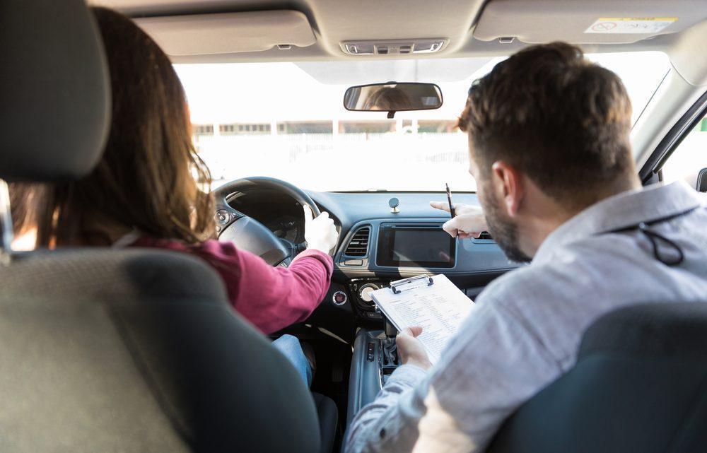 Na co zwrócić szczególną uwagę podczas przygotowań do egzaminu na prawo jazdy?