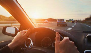 Jazda na suwak i korytarz życia. Nowe przepisy drogowe