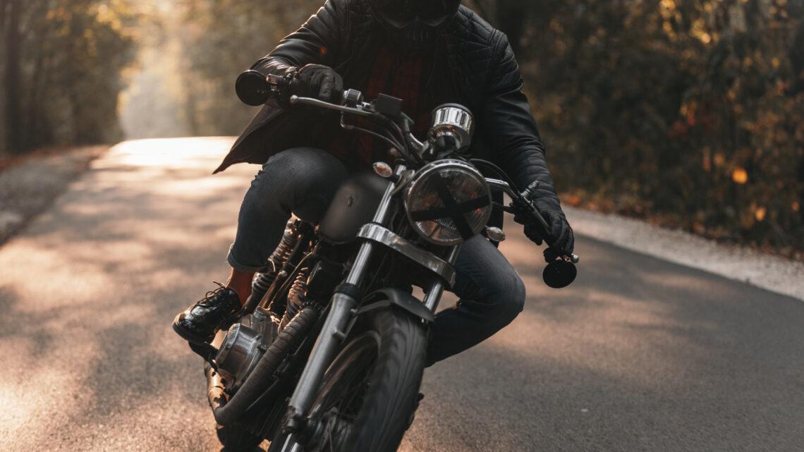 Czy z prawem jazdy kategorii B można prowadzić motocykl?